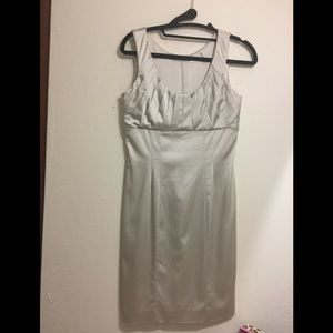 Elegant dress Calvin Klein in gold 2p